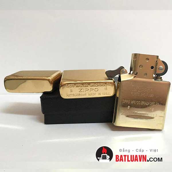 Zippo vintage brushed brass - 240 5