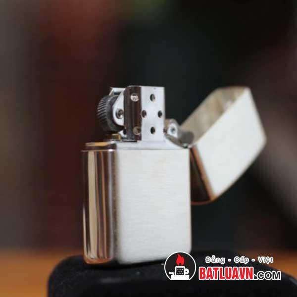 Zippo bạc vỏ dày nền xước - Armor brushed sterling silver 4