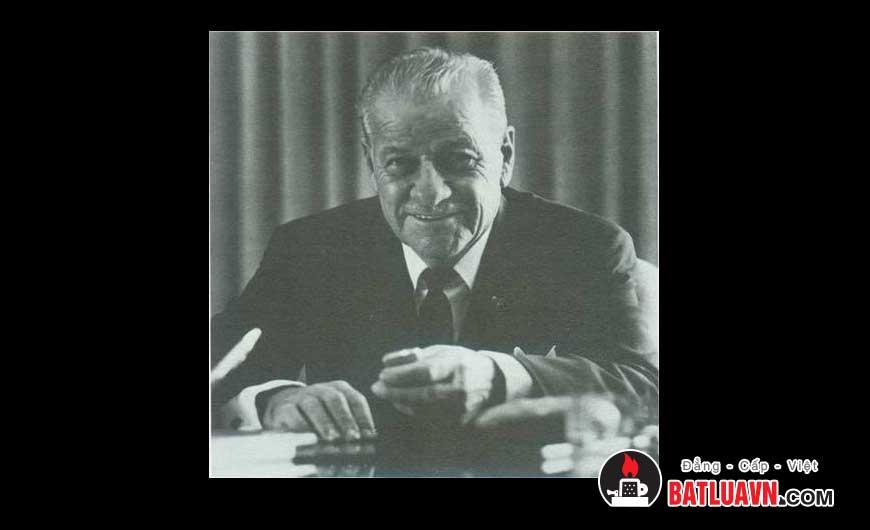 Người sáng lập ra Zippo, ông George G. Blaisdell